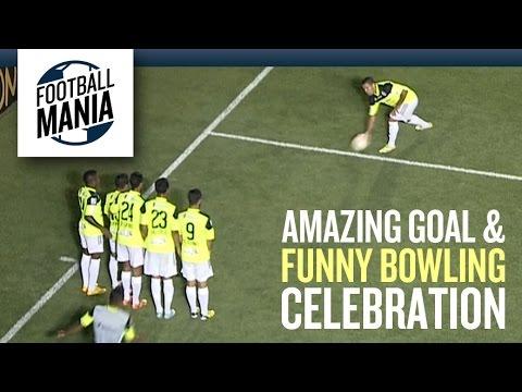 Arles Flores (Zamora) - Amazing Goal and Funny Bowling Celebration