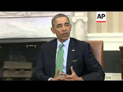 """Obama warns Russia of possible """"consequences"""" over Ukraine"""