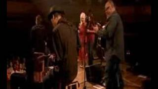 Norah Jones & Dolly Parton - Creepin' in