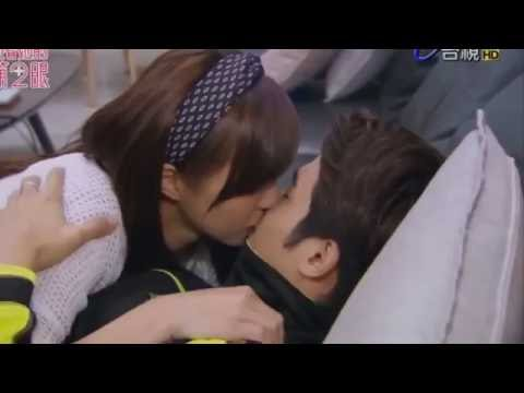 Hot kiss korean style thumbnail