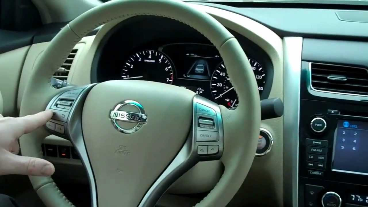 2013 Nissan Altima 2.5 SL with Techology Package at Maguire's Nissan