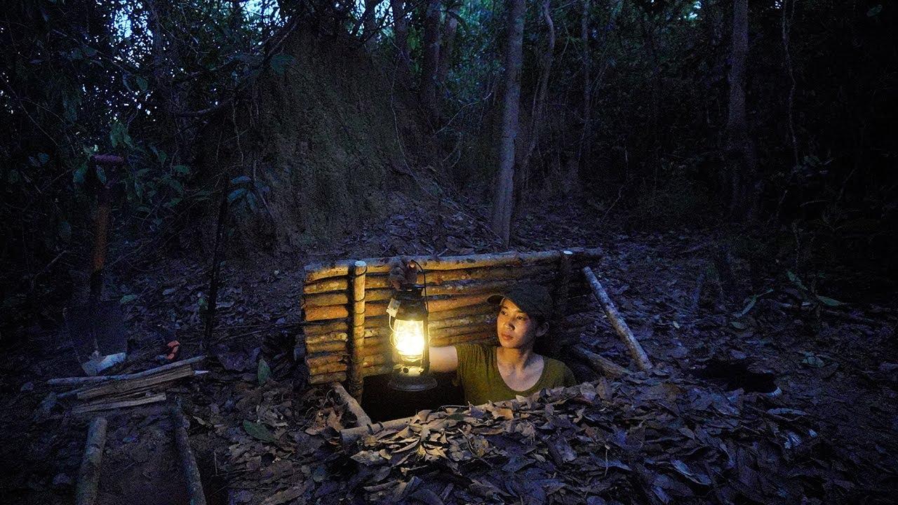 Solo Bushcraft - Survival Alone In Forest - Build Underground Shelter- Bushcraft Skill