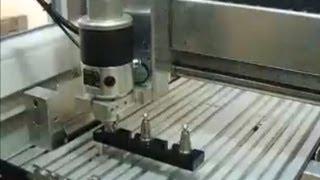 HF Spindel, CNC, Werkzeugwechser, Hochfrequenzspindel, Fräse / Tool changer for CNC Router mach3(, 2008-06-22T18:04:16.000Z)