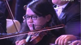 DAAI Night 2014 with Addie MS & Twilite Orchestra 01 Tanah Airku