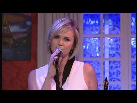 Eveline Cannoot - Geluk Zet Je Zorgen Opzij