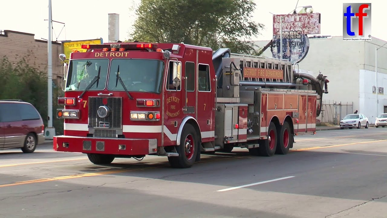 Detroit Fire Department Responding Compilation - YouTube