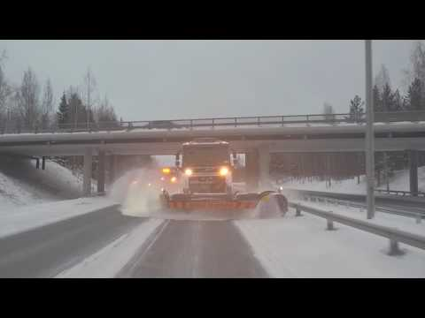 Arctic Machine Oy - AM LPC front ploughs and AM SHJ side ploughs for highways