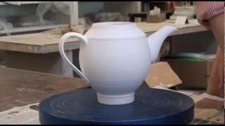 104.Glazing 3 Teapots With Hsin-Chuen Lin