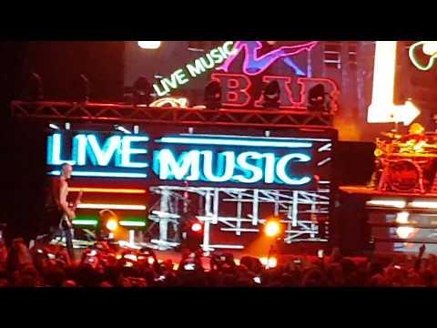 Def Leppard - Let's Go + Animal (HD) 28/09/2017 Luna Park