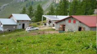 Alpage de Mondralèche. Barrage du Rawil ou Tseuzier, Valais