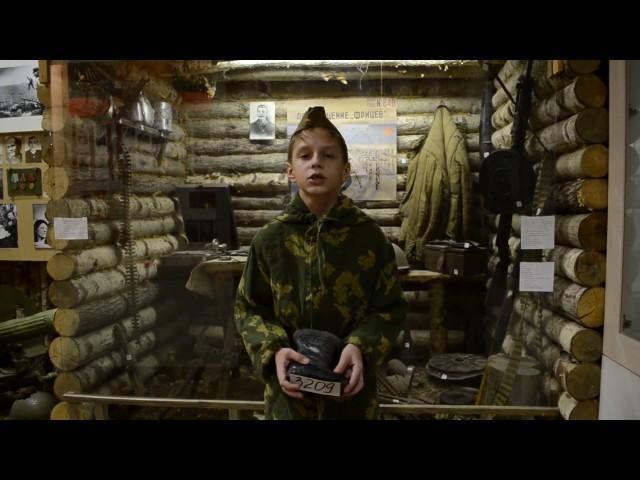 Изображение предпросмотра прочтения – ПавелГригорьев читает произведение «Детский ботинок» С.В.Михалкова