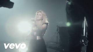 """Kelly Clarkson - Behind the Scenes of The Music Video """"Catch My Breath"""""""