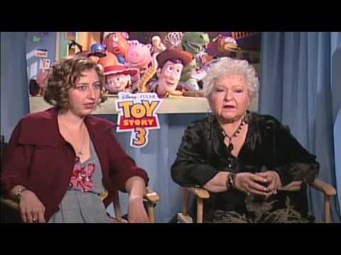 Toy Story 3  Estelle Harris Mrs. Potato Head & Kirsten Schaal Trixie  Empire Magazine