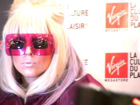 Shooting II Lady GaGa Virgin du Louvre Paris - 09.09.09