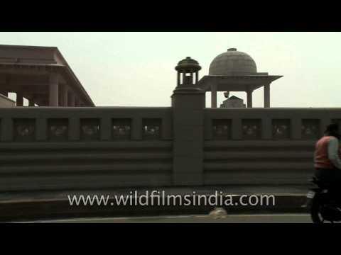 Lucknow - The city of many splendors!
