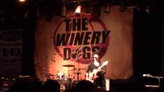 Winery Dogs-doin What The Devil Says To Do