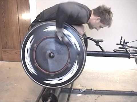 Diferencias entre las handbikes y las sillas de ruedas de competición.