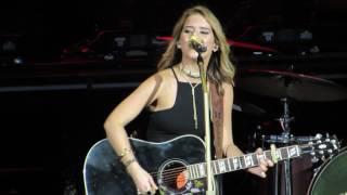 "Maren Morris ""My Church"" Live @ The Perfect Vodka Amphitheater"