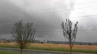May 25, 2011 Overland Park KS Tornado outbreak:-)