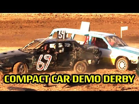 Compact Car Destruction Derby at AV Fair 2017