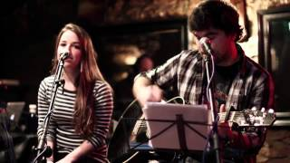 """When you say nothing at all"" live cover by Wheels with Iraide Irigoyen"
