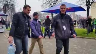 Repeat youtube video Red Bull Gravity Challenge Gliwice, Politechnika Śląska- Waleczne Zające