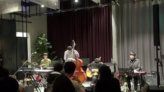 SNU JIVE - Stompin' At The Sav…