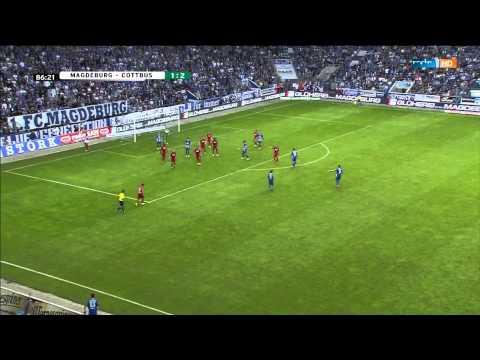 1.FC Magdeburg Ryan Malone extrem Einwurf