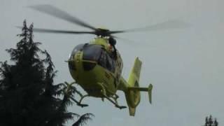 Italian HEMS Eurocopter EC135 Landing - AMAZING ENGINE SOUND!!!