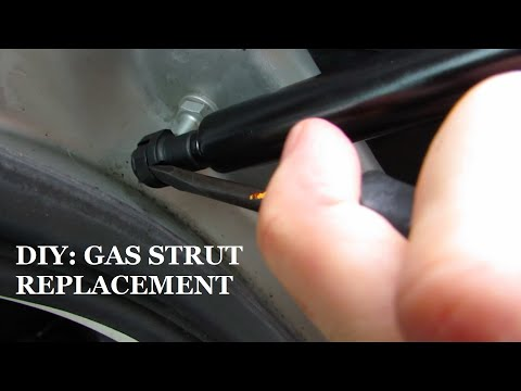 DIY: Gas strut replacement on our Land Rover Freelander 2