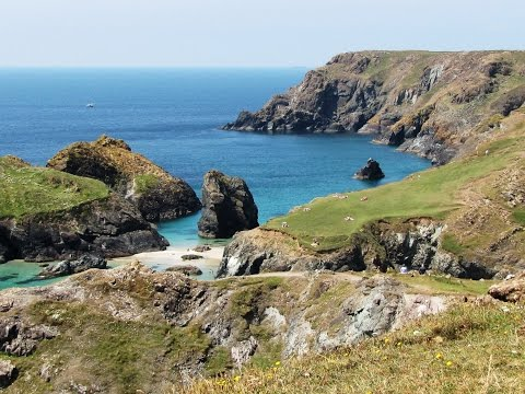 Cornwall Coastal Walk   Lizard Point Kynance Cove Cadgwith round