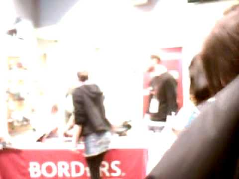 Kat Von D's Book Signning @ Borders Book Store in Philadelphia