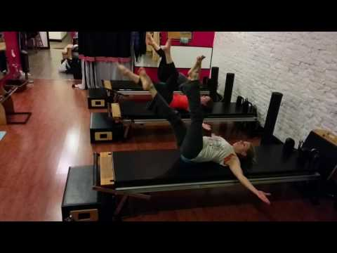 Ab Warm Up Winter 2015 ©Bodytonic Pilates