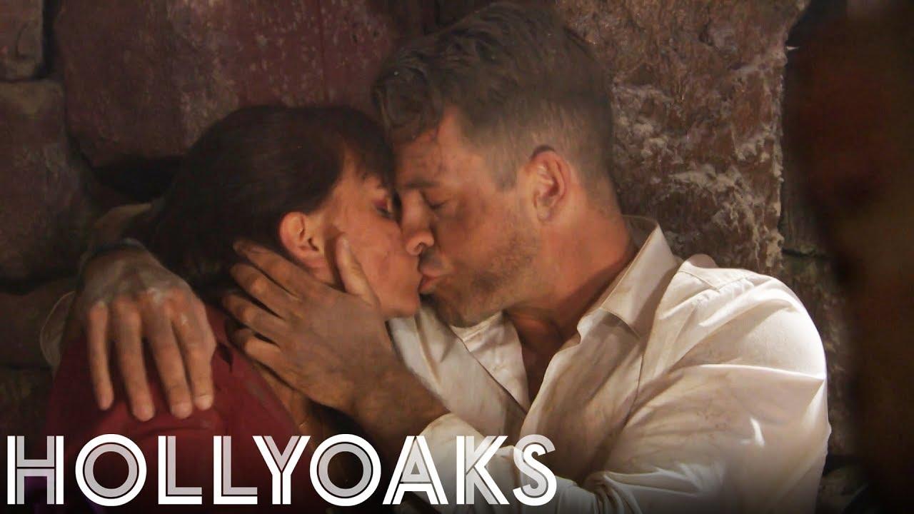 Hollyoaks hviezdy datovania v reálnom živote