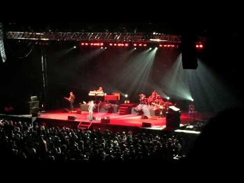 Babyface medley, live at Buffalo Bills