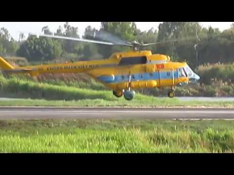 Video máy bay cứu hộ Việt Nam cất cánh.