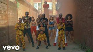 Смотреть клип Reggie N Bollie - Whine Up
