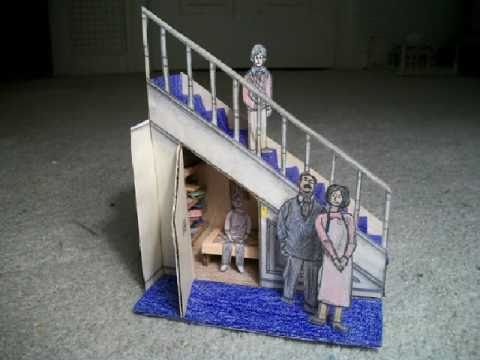 Papercraft Paper Model of The Cupboard Under the Stairs (Harry Potter)