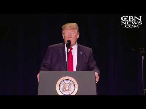 Trump's Promise to Evangelicals: I Will 'Destroy' the Johnson Amendment
