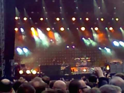 Green Day - (FIRST HALF) 1st of June 2013  Live at The Emirates Stadium
