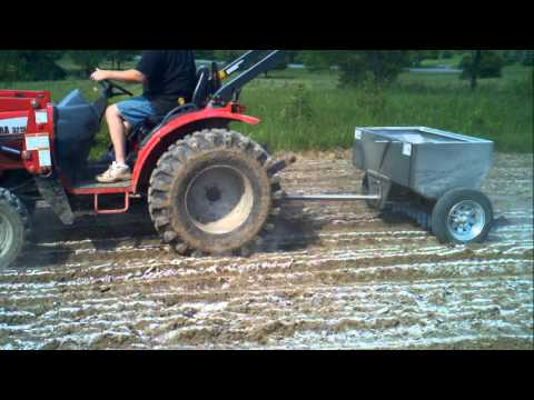 The Better Spreader - Lime Spreader - YouTube