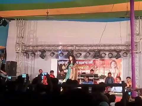 maithili thakur show/ koyal bin bagiya na sobhe raja