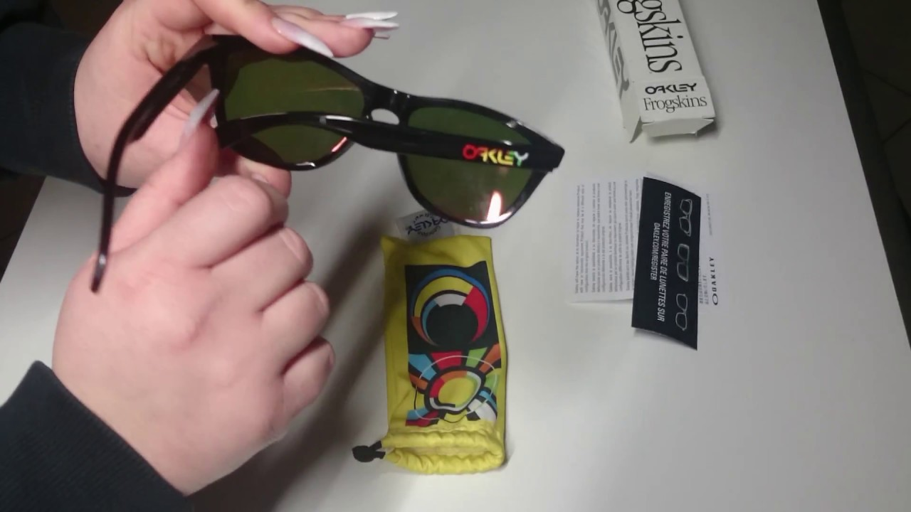 d3f39522850cb Oakley Frogskins Valentino Rossi VR46 UNBOXING by Nikki - YouTube