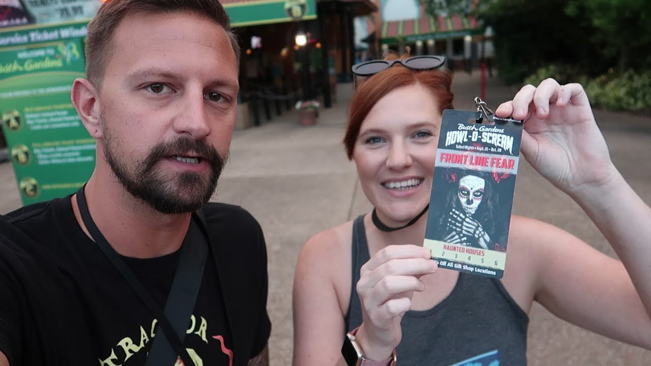 her-first-trip-to-howl-o-scream-2018-at-busch-gardens-tampa-fright-feast-house-reviews-more