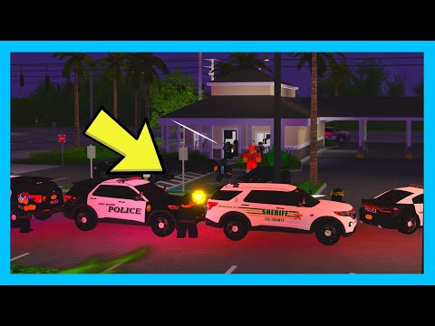 CRIMINALS TAKE OVER BANK AND HOLDS HOSTAGES! *BROTHER BOB SHOT* Southwest Florida Beta Roleplay