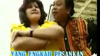 Download HADIAH BATIK PEKALONGAN elvy sukaesih & mansyur s @ lagu dangdut PlanetLagu com