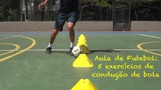 Olha aí galera, uma sequência de cinco exercícios para evoluir tecnicamente no fundamento, condução de bola. Fundamento importantíssimo no futebol e ...