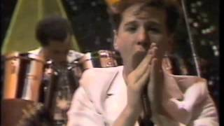 Simple minds Upon the catwalk