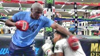 Download Floyd Mayweather Sr. shows RIDICULOUS speed at 65 years of age Mp3 and Videos