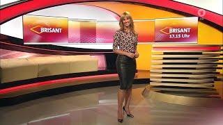 Repeat youtube video Mareile Höppner - der brisante Lederrock sitzt! HD Video
